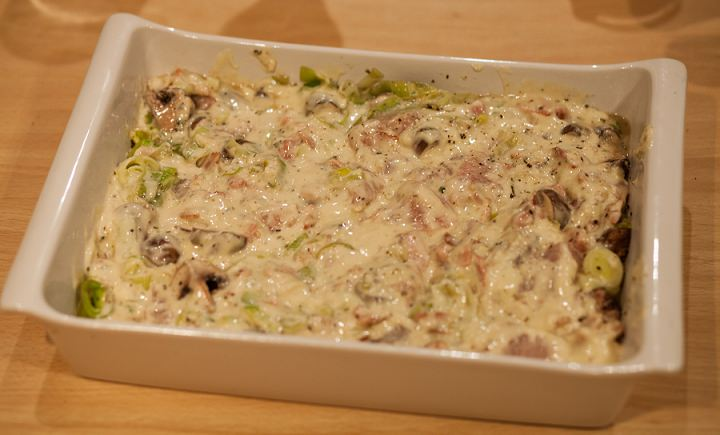 chicken, leek and bacon pie-6