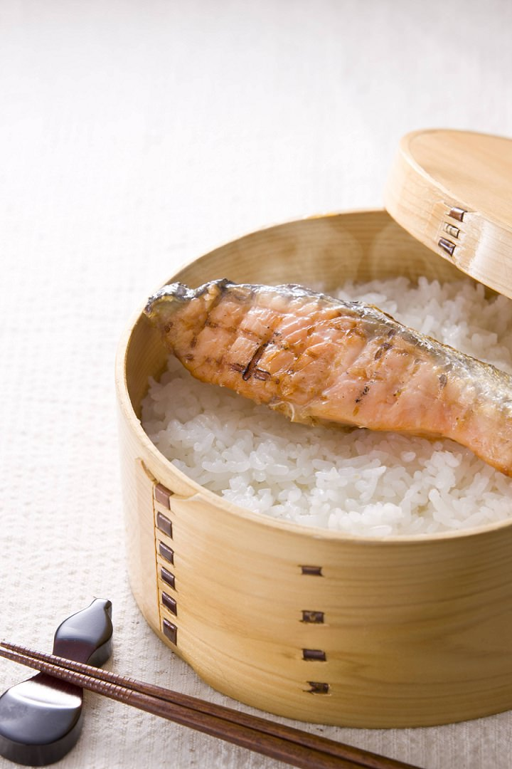 steaming fish and rice