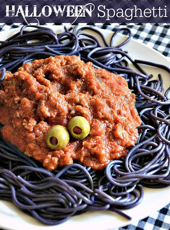 Halloween-Spaghetti-Recipe-at-The-36th-Avenue