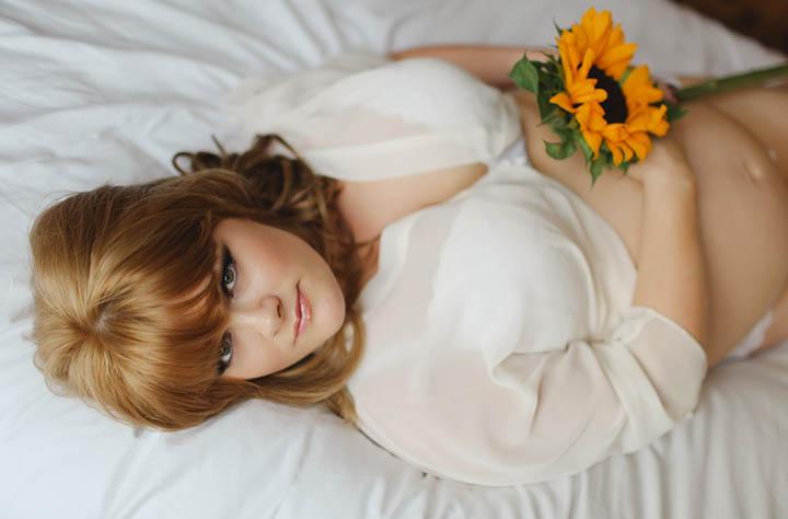 Before The Baby: Jenn Edwards's Boudoir Maternity Shoot